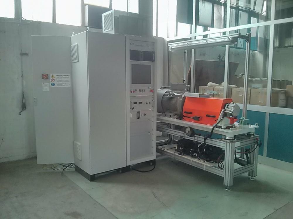 Il banco serve nelle fasi di sviluppo caratterizzazione del motore.